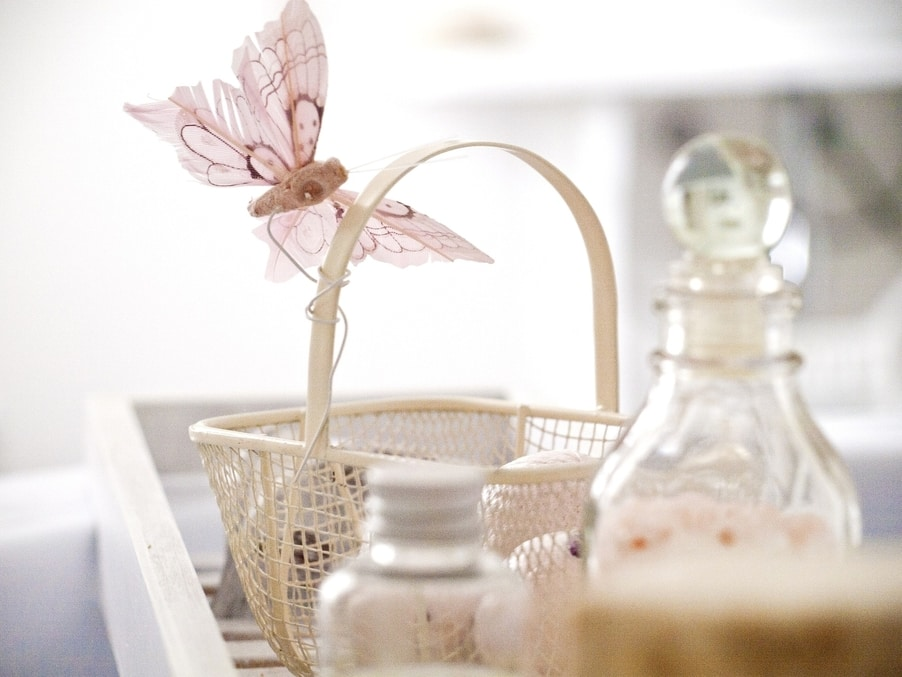 A DIY spa gift basket full of natural bath and body products