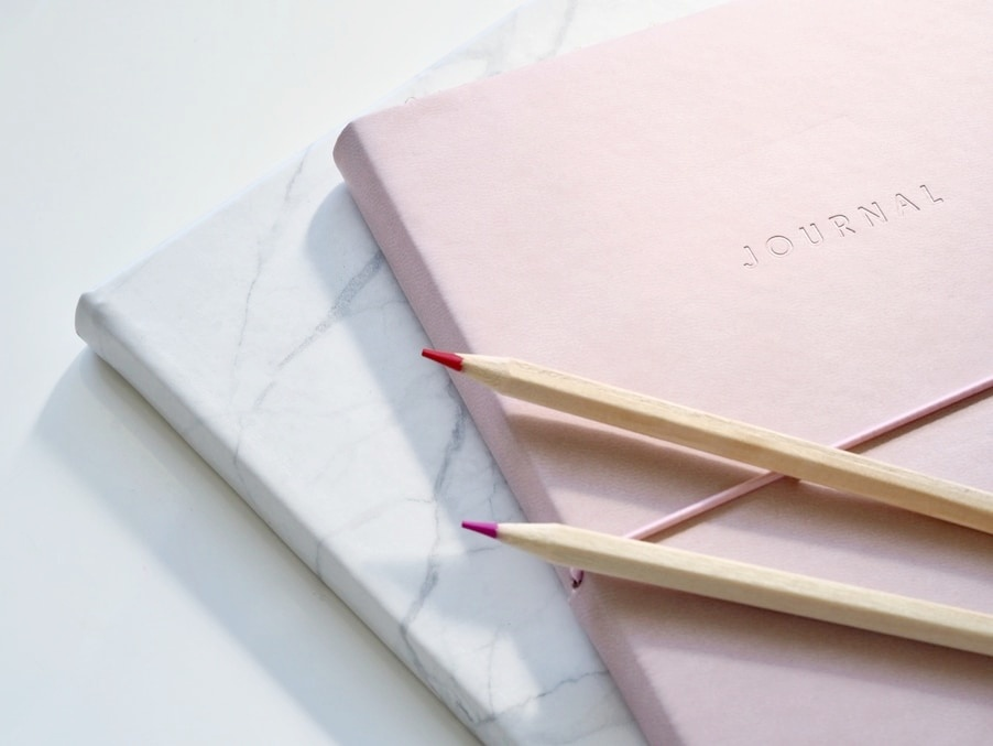 Best Gifts for Minimalists - A Journal to Schedule their Day